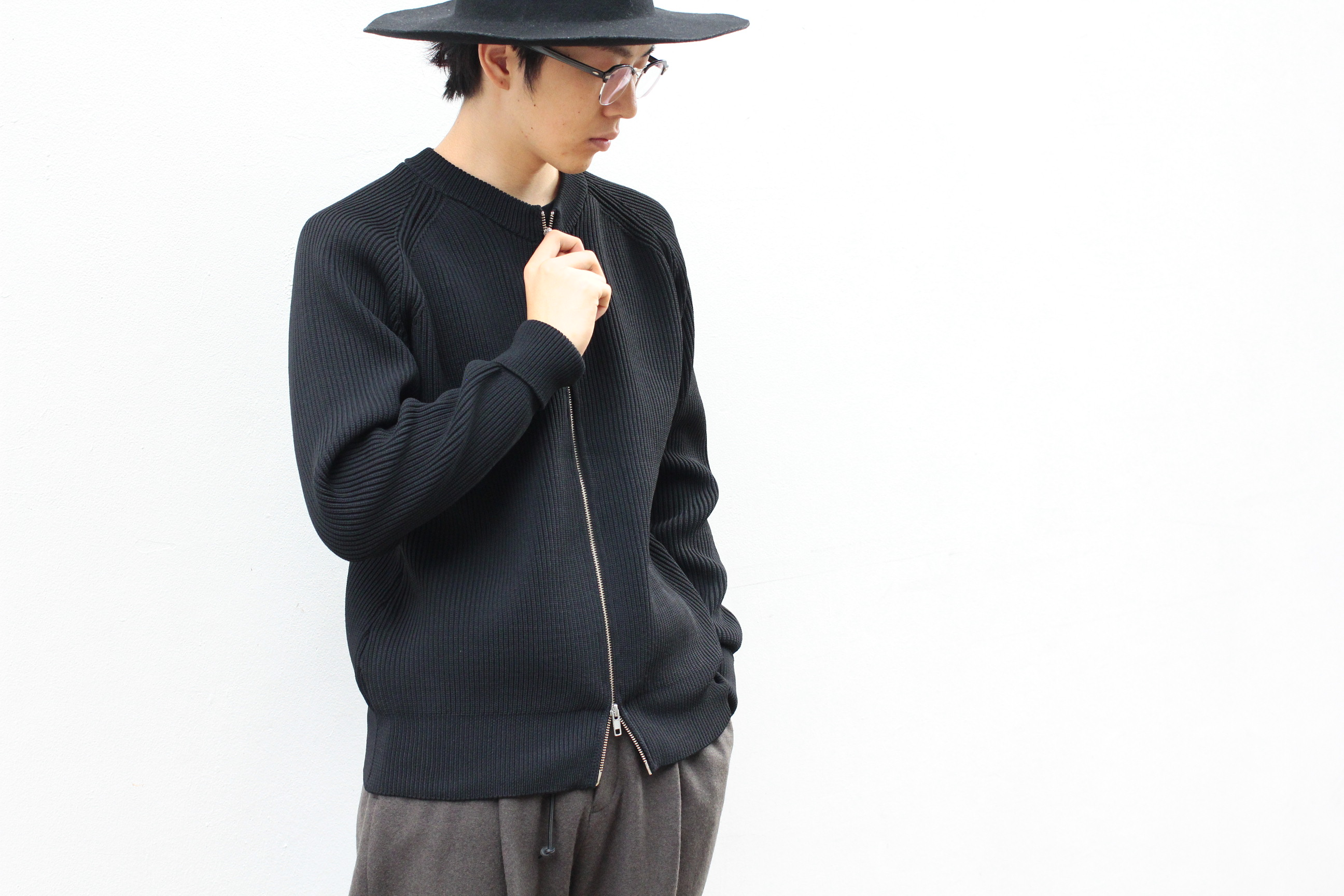 RAINMAKER / ZIP FRONT RIB KNIT