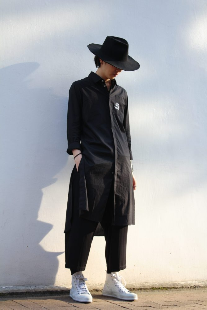 Styling ANN DEMEULEMEESTER / Long Shirt