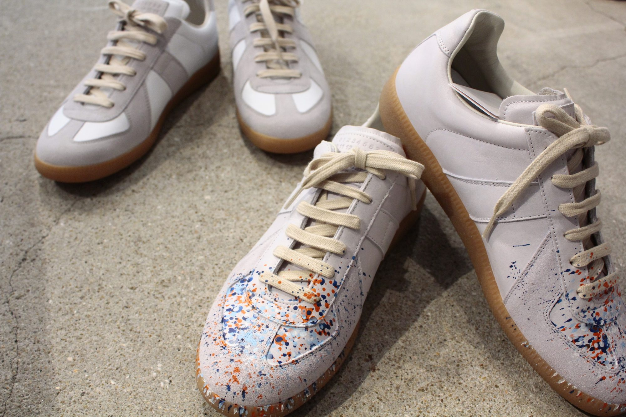 HUES 1st floor SNEAKERS COLLECTION