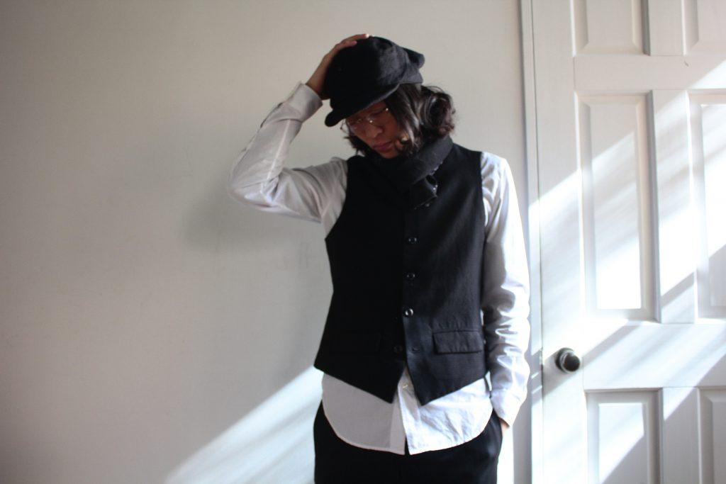 Geoffrey B.Small Waistcoat W/scarf and Cap