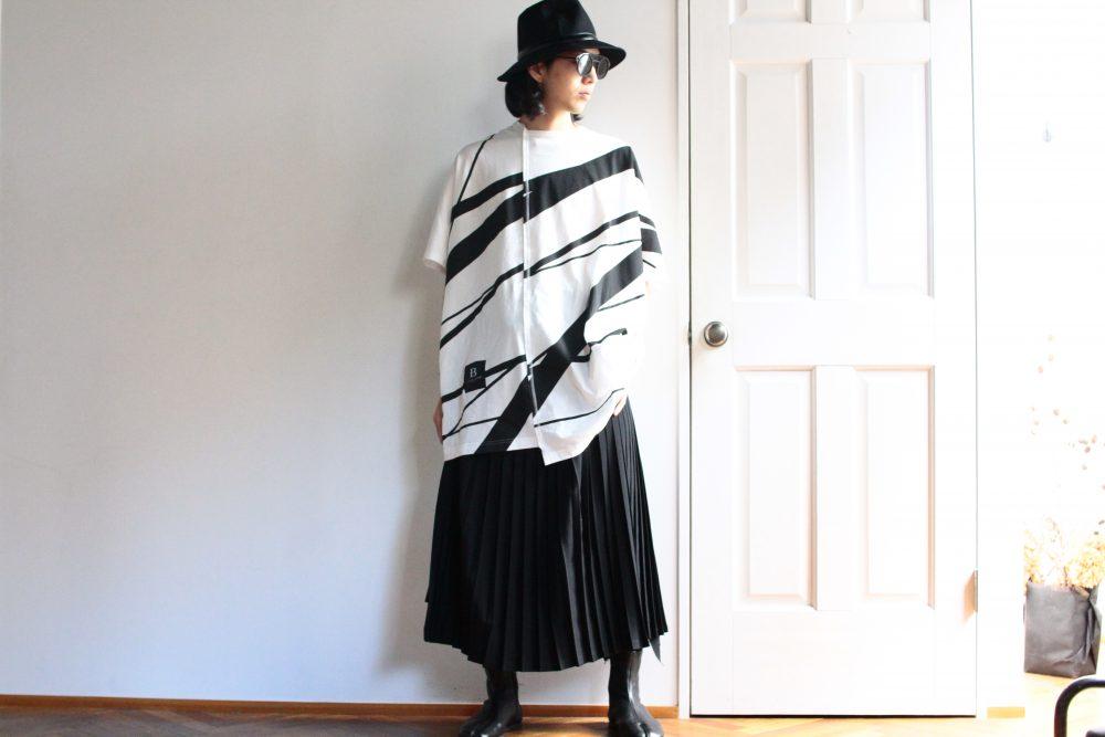 B YOHJI YAMAMOTO Pleat Pants