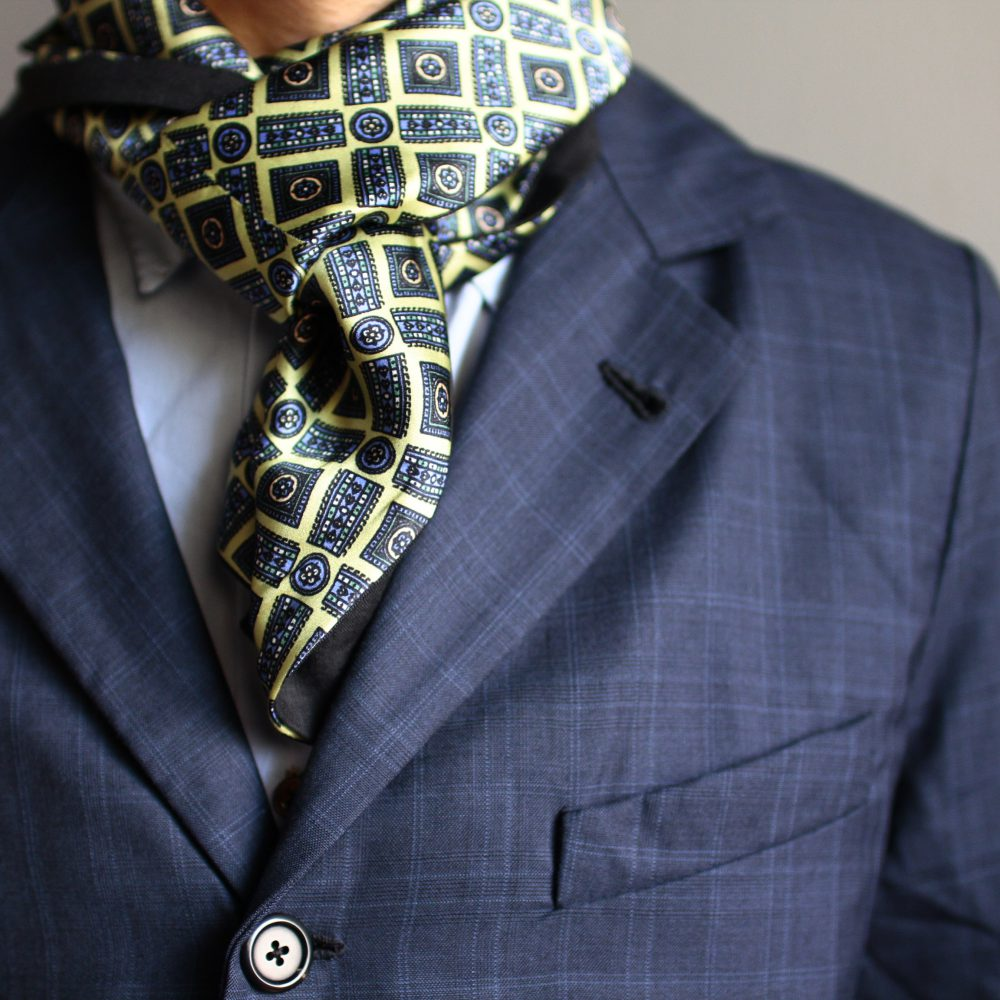 Geoffrey B.Small  HUES limited Piacenza super 150's Jacket&trousers