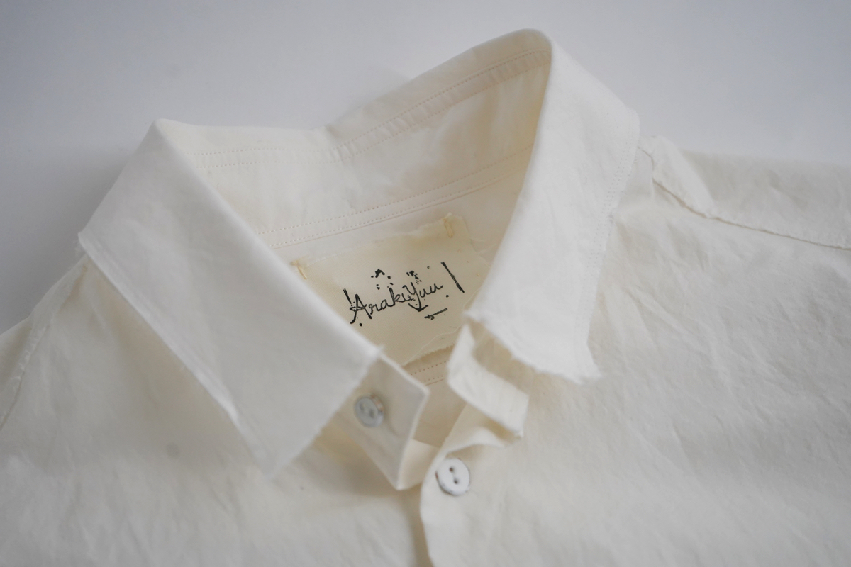 ARAKI YUU Pointed Collar Narrow Shirt