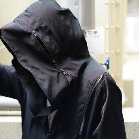 B YOHJI YAMAMOTO Double Fastener Coat