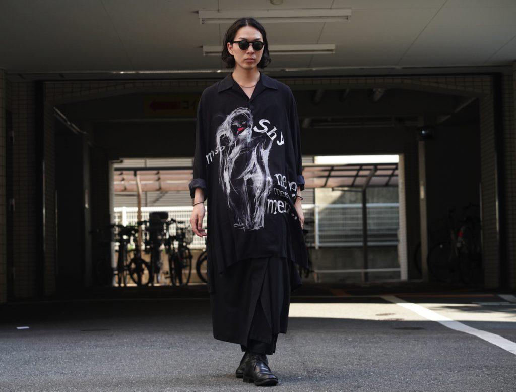 """YOHJI YAMAMOTO """"I'M SO SHY"""" Open Collar Long Shirt"""