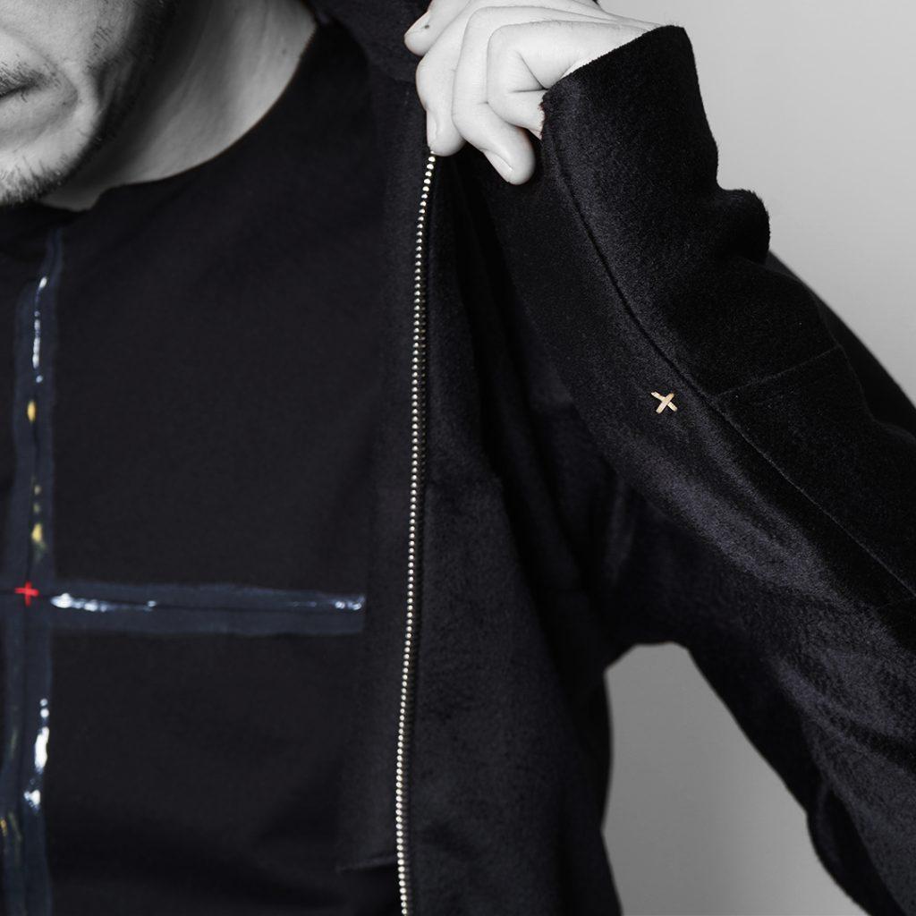 m.a+  cashemere zipped tall collar shirt