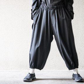 YOHJI YAMAMOTO Gather Pants