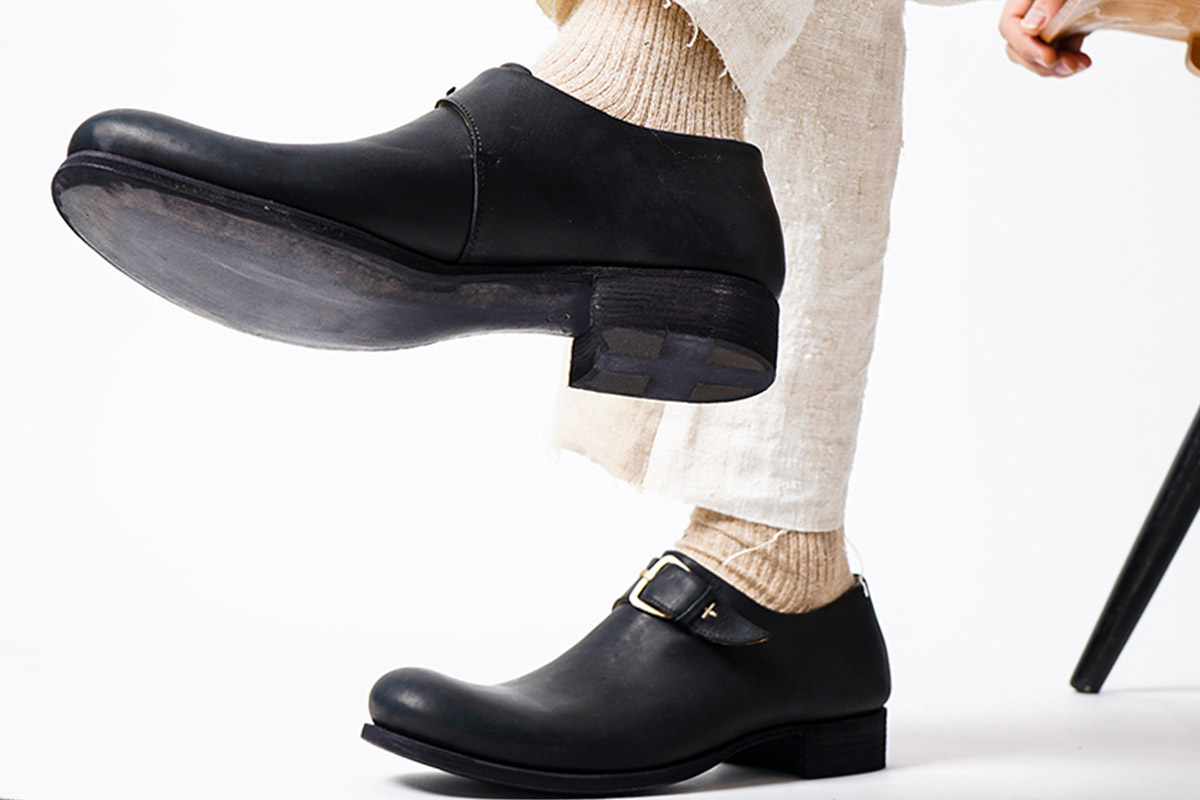 m.a+  central buckled shoes