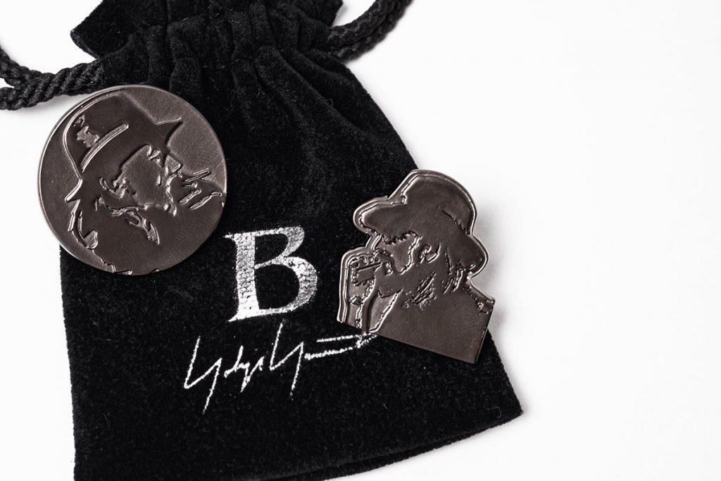 B YOHJI YAMAMOTO 20-21AW YOHJI Pin Badge