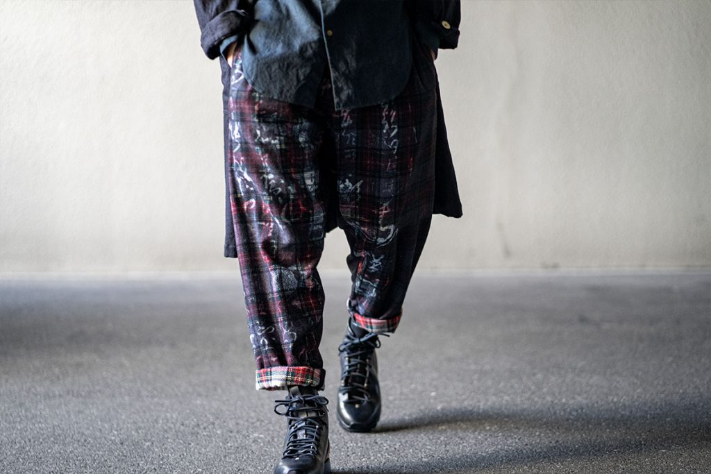 ヨウジヤマモト 20-21AW Left And Right Check Pants