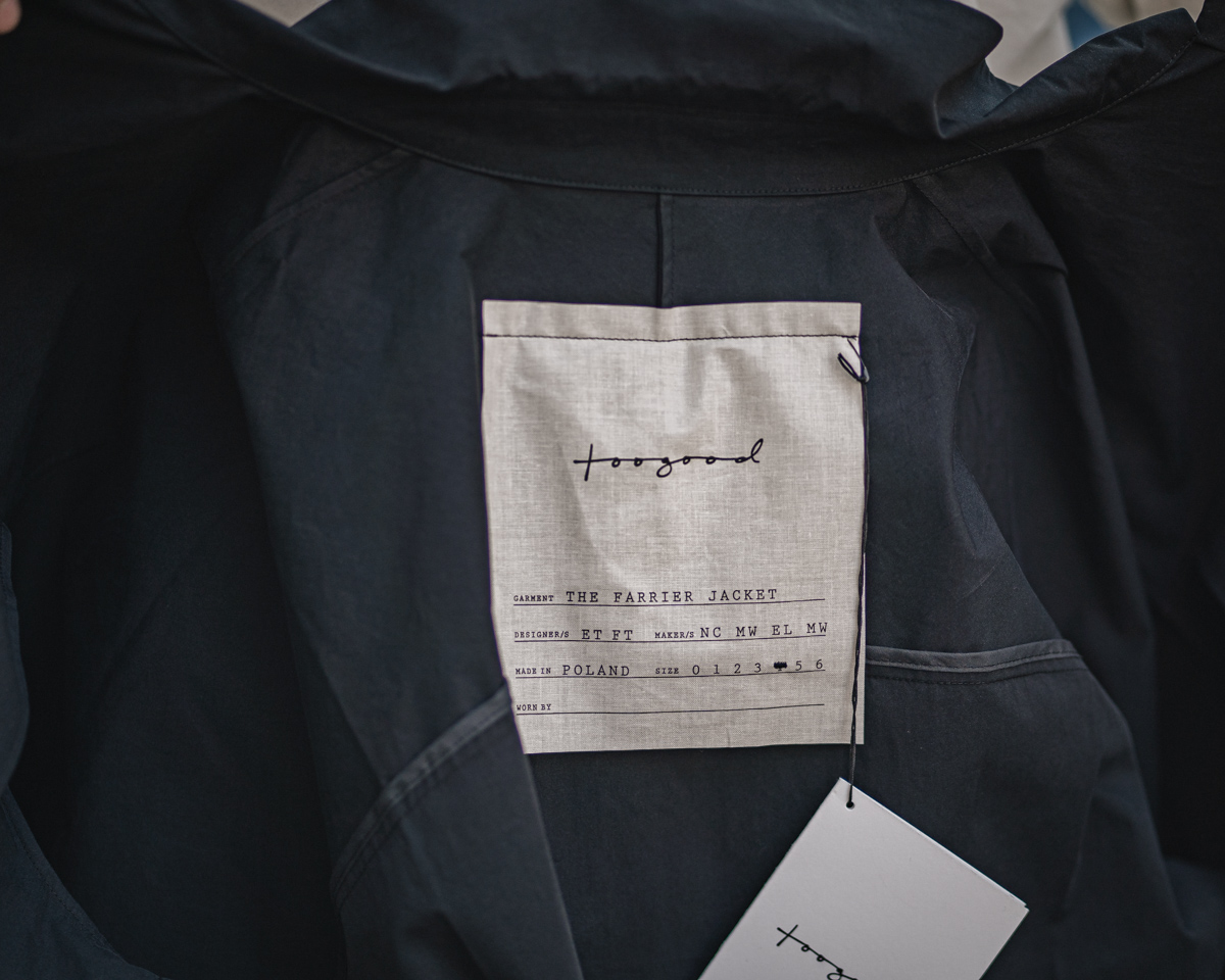 トゥーグッドのファリアジャケット